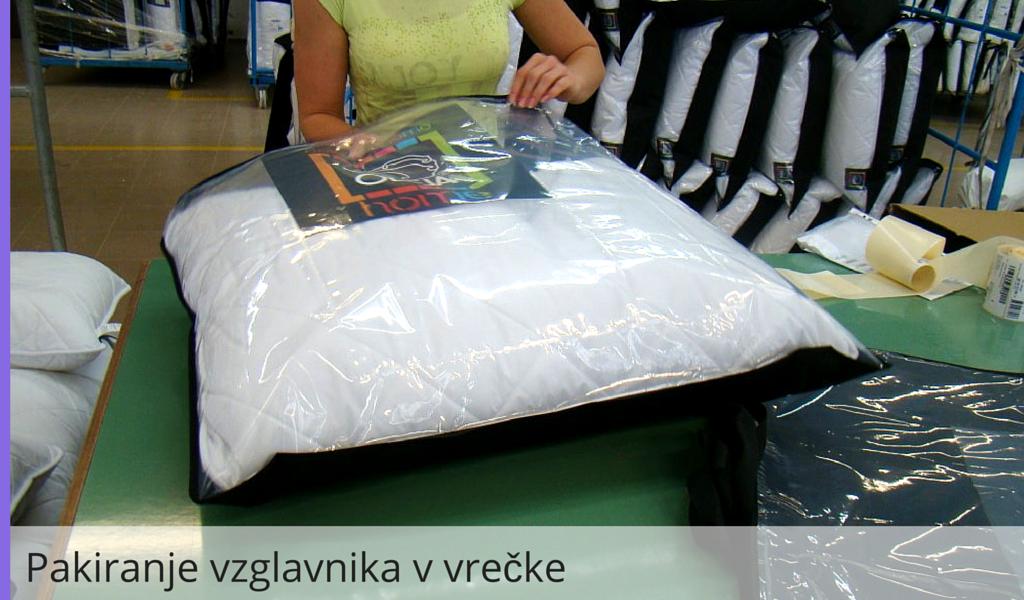 Pakiranje vzglavnika v vrečke
